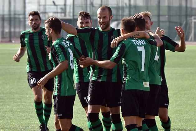 El: szenzáció – a gibraltári ezüstérmes két góllal nyert!